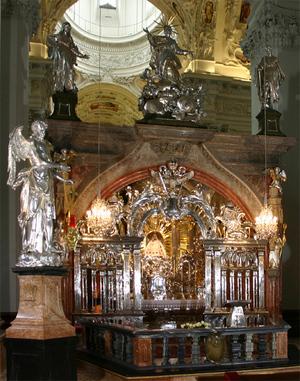 Mariazell_gnadenkapelle.jpg