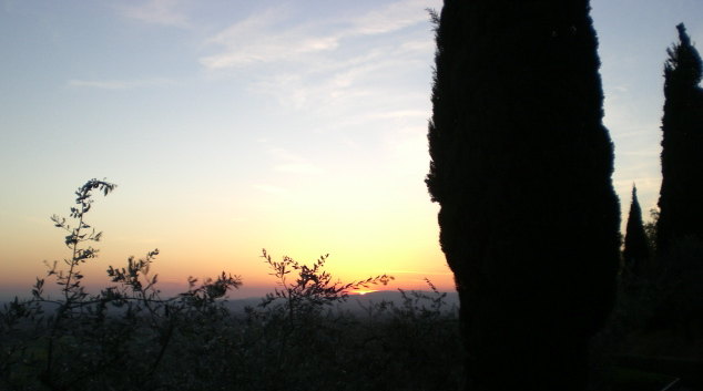 Sunset%20in%20Assisi.JPG