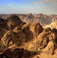 mountains-cc-hugo.jpg